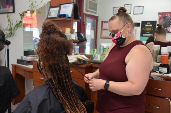 Hair braiding photo